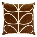 orla-kiely-cushion-linear-choc285