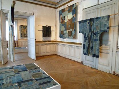 """Boro – the fabric of life"". Boro quilts. France ; Domaine de Boisbuchet.2013"
